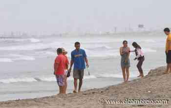 Cientos de turistas que llegaron a playas cerradas durante el feriado tuvieron que conformarse con un baño de sol