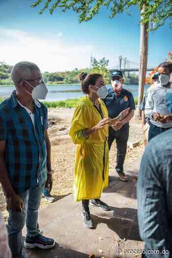 Alcaldesa Carolina Mejía encabeza operativo limpieza en la Ciénaga - Proceso.com.do