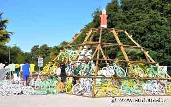 La Tremblade (17) : une pyramide aux couleurs du Tour de France - Sud Ouest