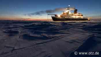 Gefangen im Polareis: Spektakuläre Bilder zur Arktis-Reise