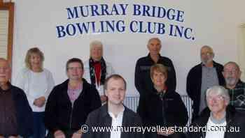 Service award for Gotch at Murray Bridge Bowling Club AGM - The Murray Valley Standard