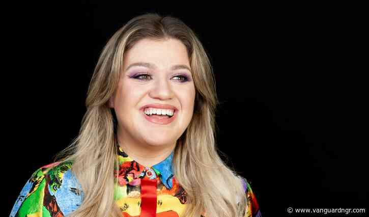 America's Got Talent: Kelly Clarkson replaces injured Simon Cowell