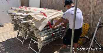Porto Recanati, sequestrati decine di lettini e ombrelloni abusivi sulla spiaggia libera - Picchio News