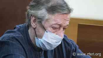 Russian Actor, Kremlin Critic Yefremov Sent To Hospital From Courtroom - Radio Free Europe/ Radio Liberty