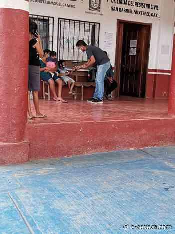 me-consulta.com   Reconocen a funcionario del Registro Civil de San Gabriel Mixtepec   Periódico Digital de Noticias de Oaxaca   México 2020 - e-oaxaca Periódico Digital de Oaxaca