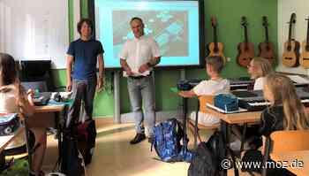 Schulbeginn: Einstein-Gymnasiasten in Neuenhagen starten mit iPad - Märkische Onlinezeitung