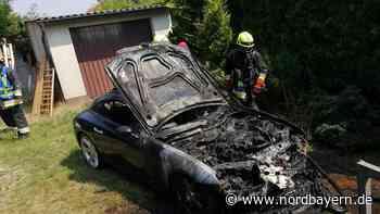 Chrysler brannte aus: Feuerwehreinsatz in Roth - Nordbayern.de