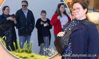 Melissa McCarthy enjoys lunch in Byron Bay with her husband Ben Falcone and lookalike daughters - Daily Mail