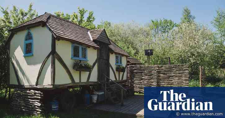 Idyllic English pastoral: an off-grid cottage holiday in East Sussex