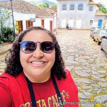 Professora de Luz cria primeira tabela periódica de Libras do país - Jornal Cidade