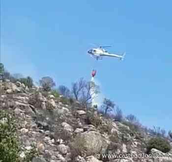 Brucia ancora la Sardegna, vasto incendio tra Arzana e Lanusei - VIDEO - Casteddu Online