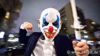 Gelsenkirchen-Buer: Horror-Clown springt aus Gebüsch und bedroht Mann - 24VEST