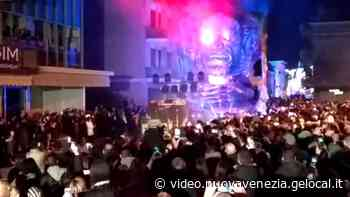 La fantasmagorica sfilata dei carri di Carnevale a Ceggia - La nuova Venezia - la Nuova di Venezia