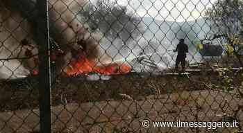 L'Aquila, vasto incendio a Cese di Preturo: interviene l'elicottero - Il Messaggero
