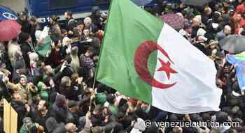 """""""Argelia, Irán, Irak, Libia, Nigeria y Venezuela se enfrentan a un panorama político y económico muy precario"""" - http://venezuelaunida.com/"""