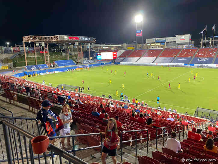 Nearly 3,000 Fans Watch FC Dallas Play In Person For First Time During Pandemic