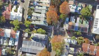 Sydney man invokes squatting laws to win rights to 'dunny lane' land