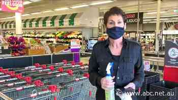 Coronavirus-hit Melbourne supermarket alarmed by silence from contact tracers
