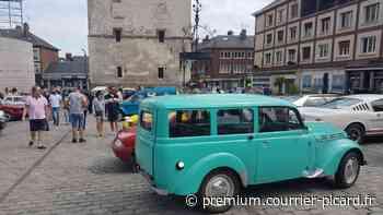 Les voitures anciennes sont attendues au pied du beffroi d'Amiens - Courrier picard