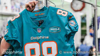 Miami Dolphins to Honor Legendary Coach With Jersey Patch During 2020 Season