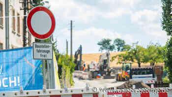 Arbeiten an B 180 zwischen Thalheim und Stollberg laufen - Radio Erzgebirge