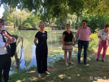 Val-d'Oise. Bérangère Abba visite des espaces verts à Saint-Ouen-l'Aumône - actu.fr