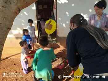Projeto Brincando a Gente Aprende acontece em Santa Helena - O Presente