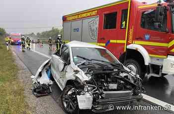 A70 bei Schweinfurt: Auto kommt von nasser Fahrbahn ab und überschlägt sich - Fahrerin schwer verletzt - inFranken.de