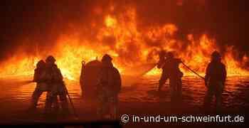 Brand einer Heuballenmaschine – Keine Verletzten – Lokale Nachrichten aus Stadt und Landkreis Schweinfurt - inUNDumSCHWEINFURT_DE