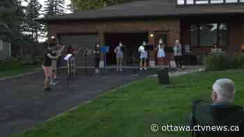 Top violin ensemble plays lawn concert in Manotick - CTV Edmonton