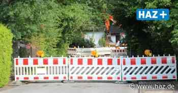 Burgwedel: Rohrbruch in Thönse - Bauarbeiter beschädigen Wasserleitung - Hannoversche Allgemeine