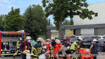 Säure ausgelaufen: Feuerwehr an der Martinstraße im Einsatz