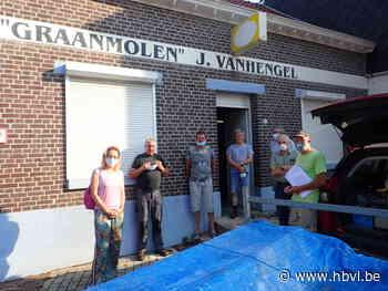 Graanmolen Vanhengel gedemonteerd (Genk) - Het Belang van Limburg