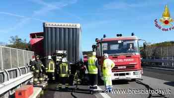 Malore alla guida, si accascia sul volante e trascina il camion per centinaia di metri - BresciaToday
