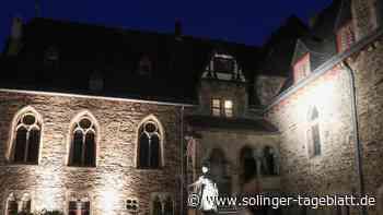 Schloss Burg erstrahlt in neuem Licht