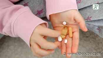 Prozess in Hamburg: Zweijährige schluckt Antipsychotikum-Pille: Eltern angeklagt