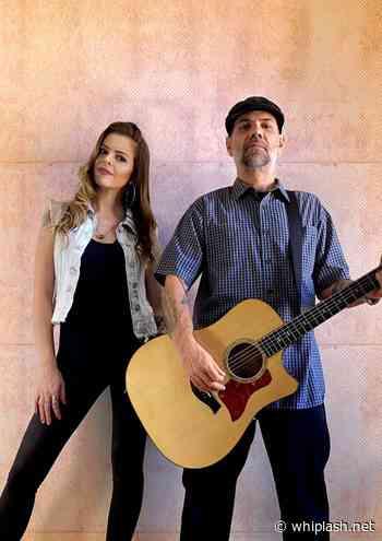 Porto Laguna: Guitarrista e compositor do CPM 22 estreia carreira solo com Olympéa - Whiplash.Net Rock e Heavy Metal