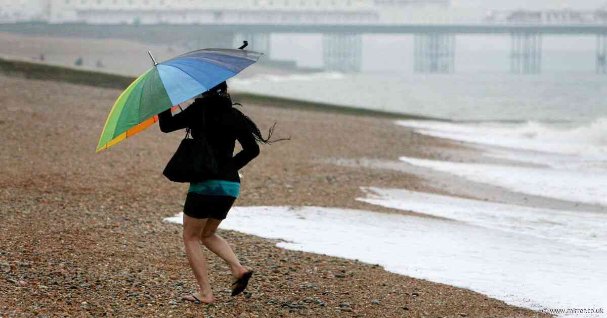 Thunderstorms and heavy rain to batter UK over weekend as heatwave vanishes