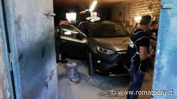 Blitz in una carrozzeria abusiva: alterati i telai di auto rubate