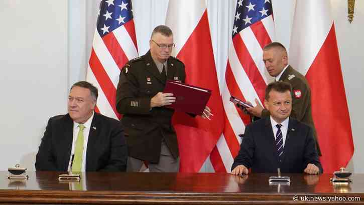 Pompeo meets Polish leaders, signs defense pact, discusses Belarus
