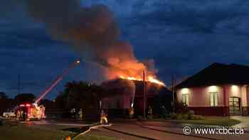 Garage fire in Carlyle, Sask., caused by lightning: fire department