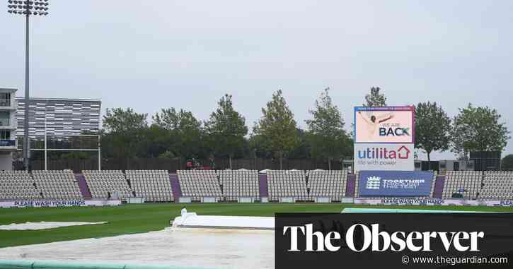 England face third-Test selection headache after day stuck in the dark