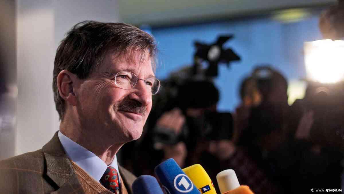 Umbau an der FDP-Spitze: Schatzmeister Solms kündigt Rücktritt an - DER SPIEGEL