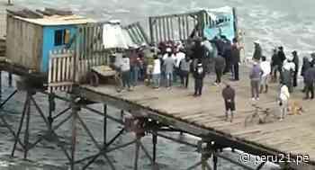 Lambayeque: Pescadores derriban puerta del muelle de Puerto Eten exigiendo trabajar [VIDEO] - Diario Perú21