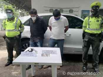 Dos capturas por porte ilegal de arma de fuego en zona bananera - Diario La Libertad