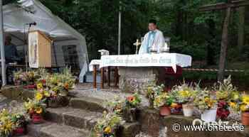 Gottesdienst und Kräutersegnung in der Waldkapelle Heinersreuth - Onetz.de