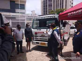 Dirección Nacional de Bomberos entregó camión cisterna al Municipio de Sitionuevo - Seguimiento.co