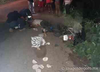 Derrapan motocicletas entre Acayucan y Oluta: Dos heridos - Imagen del Golfo
