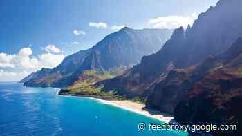 Hawaii postpones pretravel testing program for second time