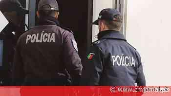 Dois detidos por furto em carro em Santa Iria da Azoia - Correio da Manhã